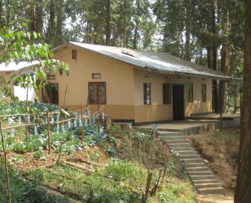 Budget accommodation bunyonyi lake
