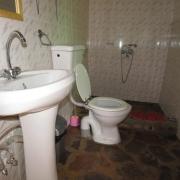 Hibiscus private ensuite bathroom
